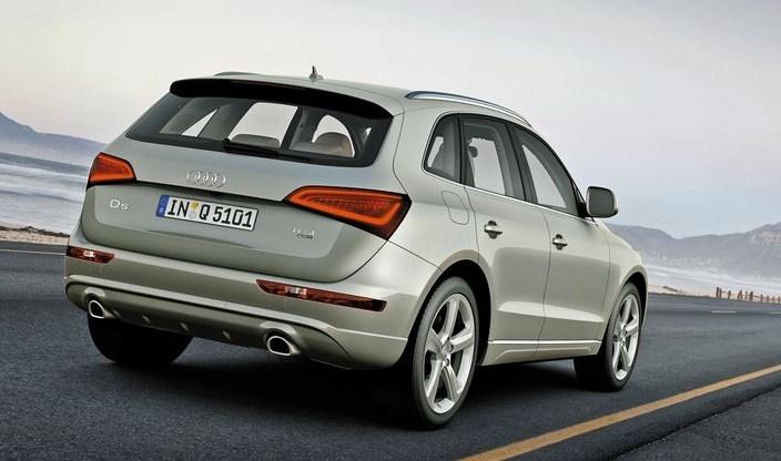Нарисовки портрета Audi Q5